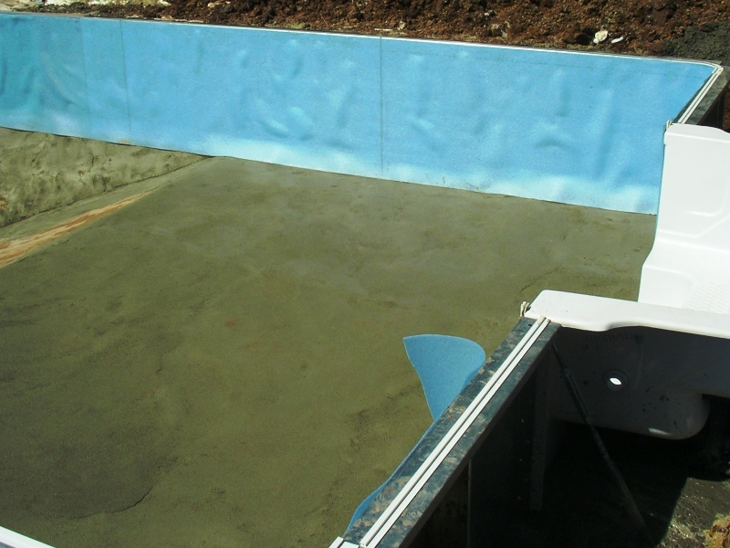 Vinyl pools pool liners pool service pool renovations in bucks county and montgomery county for Vermiculite swimming pool base