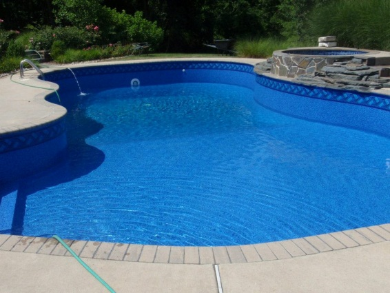 Choosing a liner pattern apco pools specialties inc for Inground pool design inc
